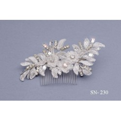 White and Silver First Holy Communion/Special Occasion Hair Combe style Sn-230