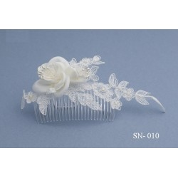 Large Ivory Lace Communion/Special Occasion Hair Comb Style Sn-010