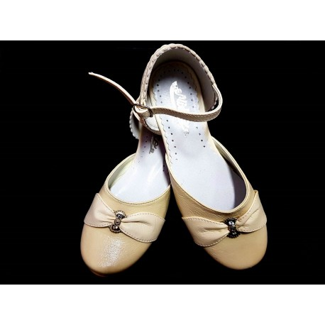 Ivory Leather Special Occasions Shoes Style 673