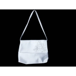White Handmade First Holy Communion Handbag Style EMI 29