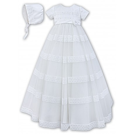 233436a1933 sarah-louise-white-baby-girl-christening-gown-bonnet-style-001170.jpg