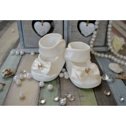 Baby Girl Beautiul Velvet Ivory Christening/Baptism Shoes Style M020