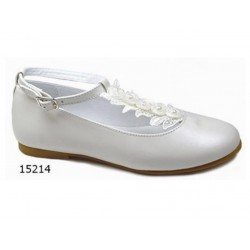 SPANISH IVORY FIRST HOLY COMMUNION SHOES BY TINNY SHOES STYLE 15214