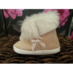 Ivory Baby Girl Bow Snow Booties